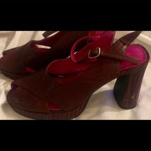 Esprit heeled sandals